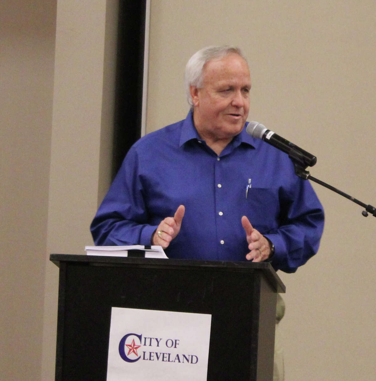 County Judge Jay Knight speaks at the Greater Cleveland Chamber's Oct. 5 luncheon.