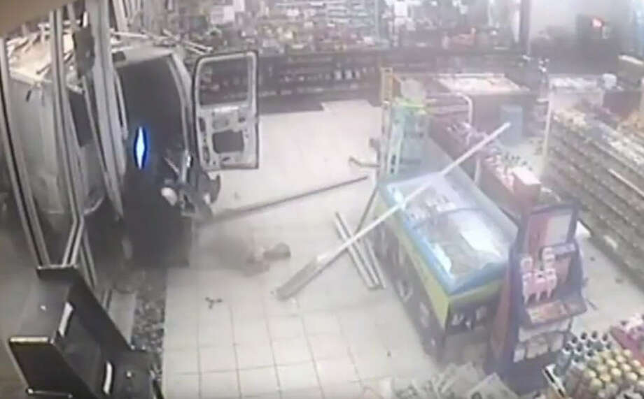 Police are asking for your help in finding these unsuccessful robbers ramming their white van into a Post Oak convenience store.