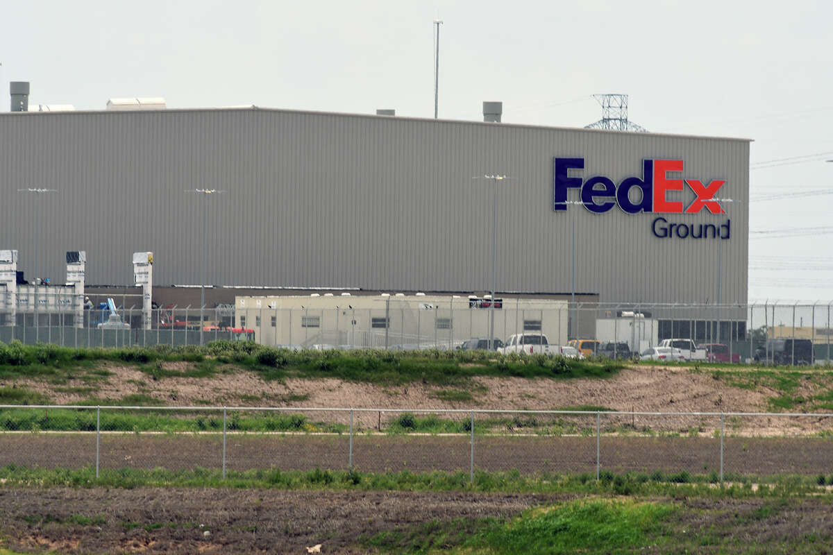 The new 800,000 square-foot distribution center in Cypress is located off West Rd. at the West Grand Parkway and north of FM 529. (Photo by Jerry Baker/Freelance)