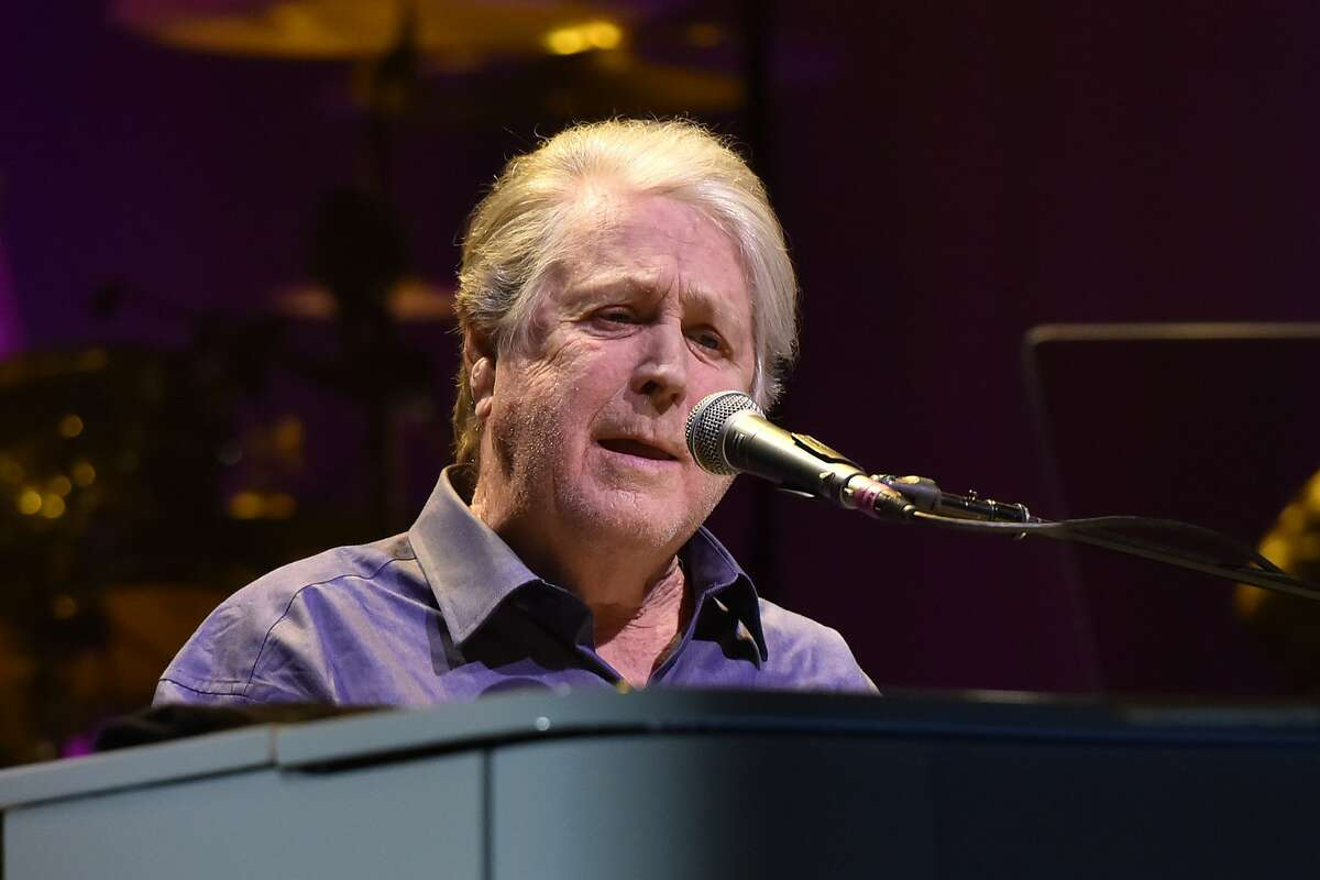 Brian Wilson performs at the Rosemont Theatre on Friday, Oct 6, 2017, in Rosemont, Ill. (Photo by Rob Grabowski/Invision/AP)