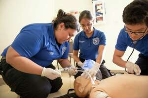 San Jacinto College offers EMT/paramedic classes/ training.
