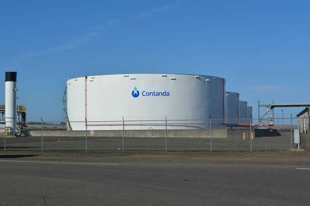 Houston-based Contanda Terminals, a provider of bulk liquid storage and logistics services, signed a multi-year lease with Port Houston for 339 acres with deep-water access on the Houston Ship Channel. Pictured are its tanks at the Grays Harbor facility.