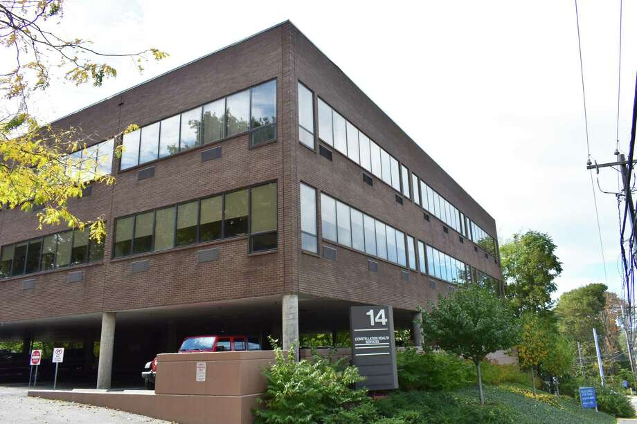 The office building at 14 Westport Ave. in Norwalk, Conn., sold in October 2017 for $2.9 million to Norwalk-based Philipos Properties. Photo: Alexander Soule / Hearst Connecticut Media / Stamford Advocate