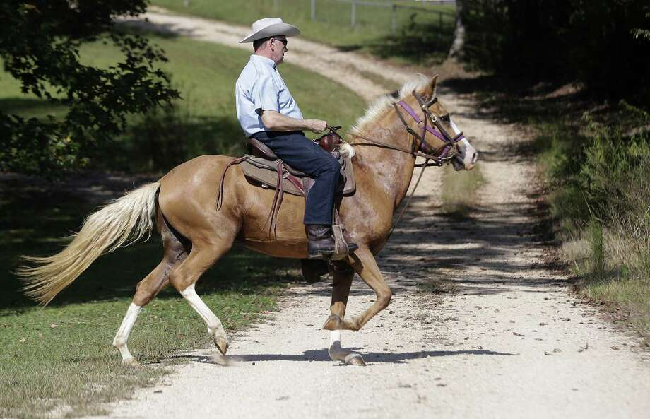 Roy Moore, riding his horse to vote in Gallant, Ala., defeated a primary candidate backed by President Donald Trump for the U.S. Senate. A reader sees similarities between Moore and firebrand Texas politicians. Photo: Brynn Anderson /Associated Press / Copyright 2017 The Associated Press. All rights reserved.