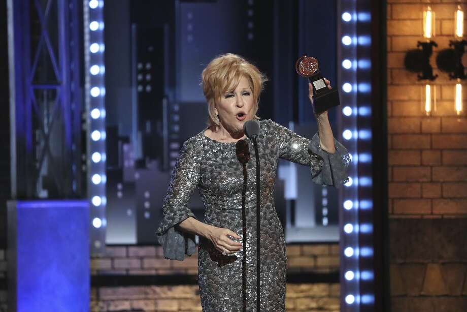 Bette Midler: Geraldo Rivera 'Groped Me' After Shoving Poppers in My Nose (Video) - Houston Chronicle Bette Midler: Geraldo Rivera 'Groped Me' After Shoving Poppers in My Nose (Video) - 웹