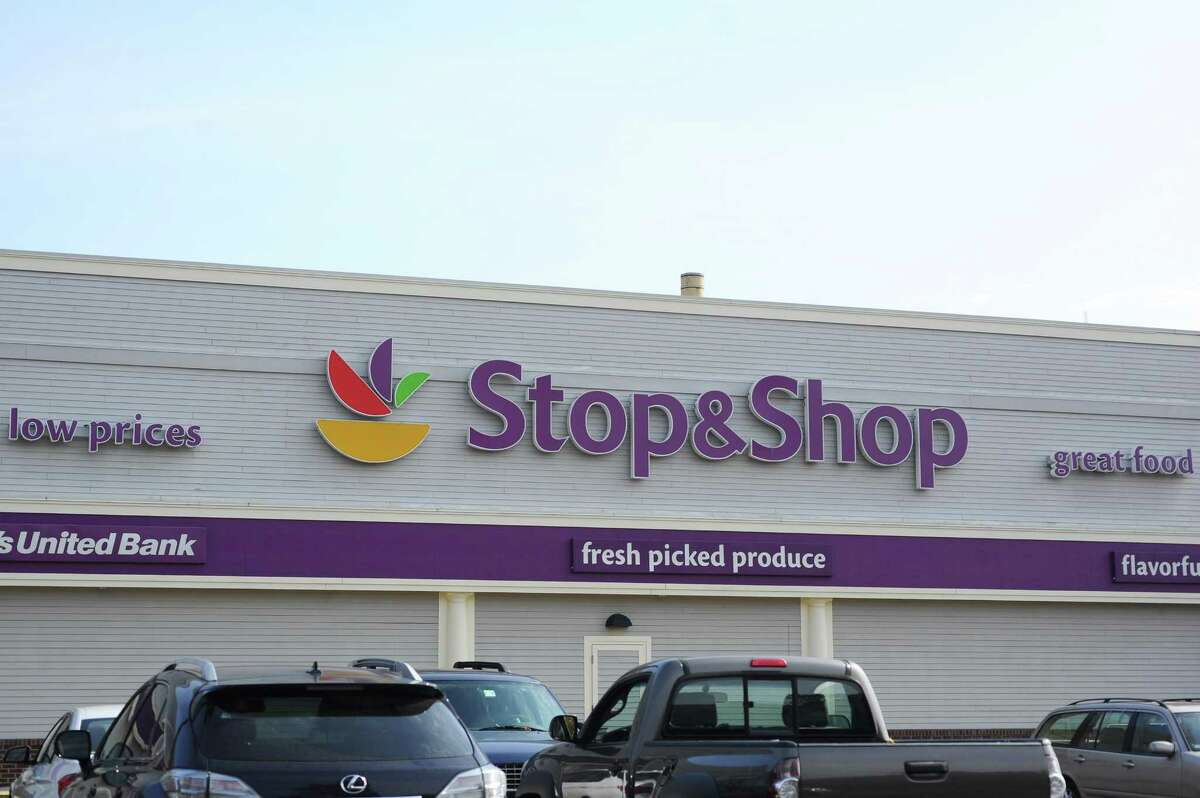 The Stop & Shop Supermarket Company, LLC has removed from sale Cascadian Farm Organic Cinnamon Raisin Granola, which may contain almonds, an allergen not listed on the ingredient label.