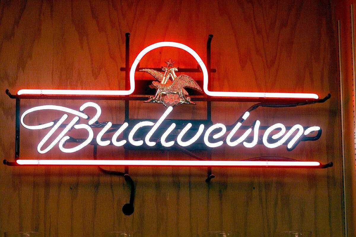 CCBUDTOUR20C-C-11APR01-CF-JLT Neon sign at the Budweiser brewery at Fairfield, CA. 3101 Busch Drive - Fairfield, CA CHRONICLE STAFF PHOTO BY JERRY TELFER