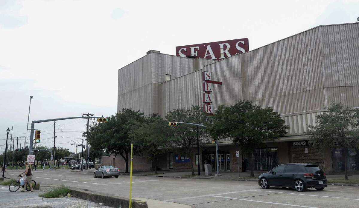 Rice University has big plans for the iconic Midtown Sears store at 4201 Main, the first in the city to be fully air-conditioned. It closed in October 2017.