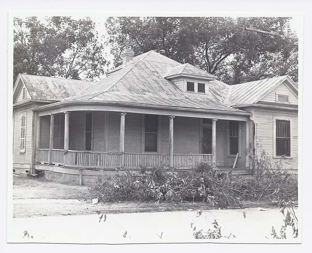 As this undated photo of a house in San Antonio's Lavaca neighborhood demonstrates, this neighborhood has improved vastly. A city short-term rental ordinance might shortchange some who stayed and benefitted from the improvement.