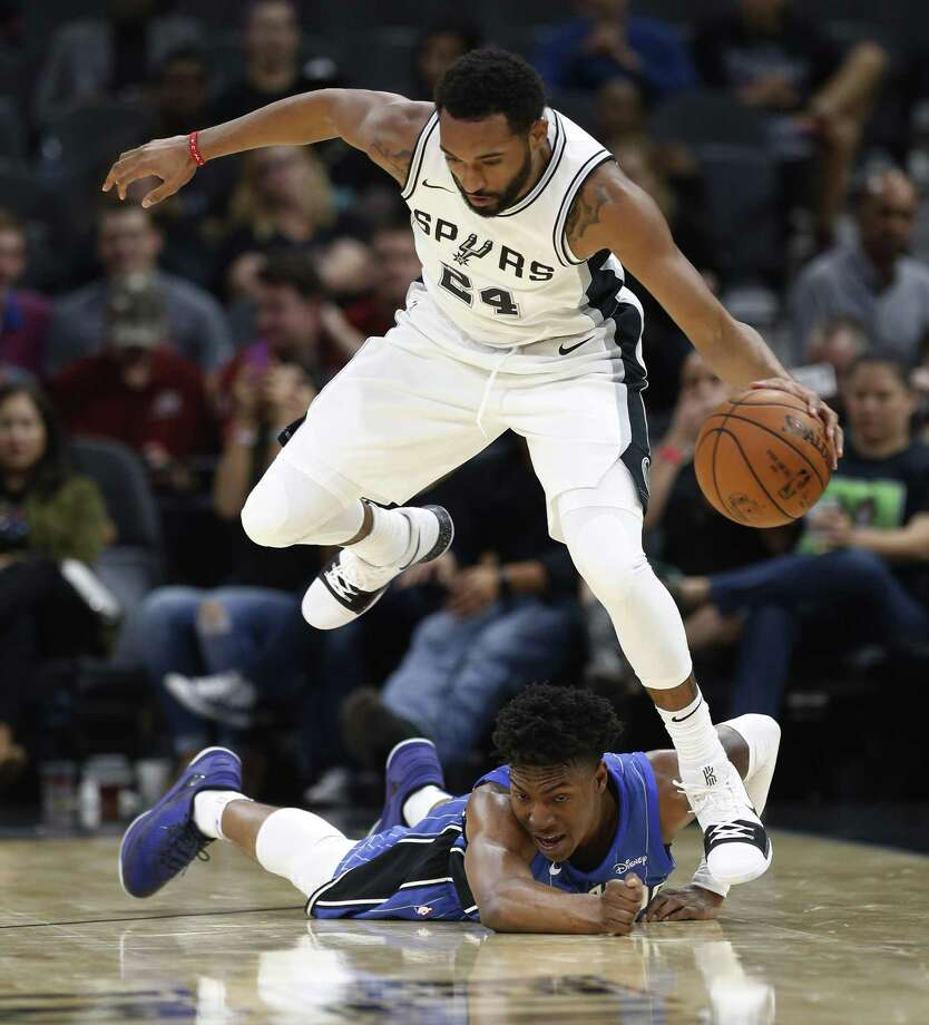 Darrun Hilliard: Signed two-way deal with SpursThe 6-foot-6, 220-pound Hilliard played the last two seasons with the Detroit Pistons, averaging 3.6 points and 1.0 rebounds in 9.9 minutes over 77 career games. He will spend most of this season in the Spurs G-League team in Austin, per the terms of the two-way contract. Photo: Kin Man Hui, Staff / San Antonio Express-News / ©2017 San Antonio Express-News