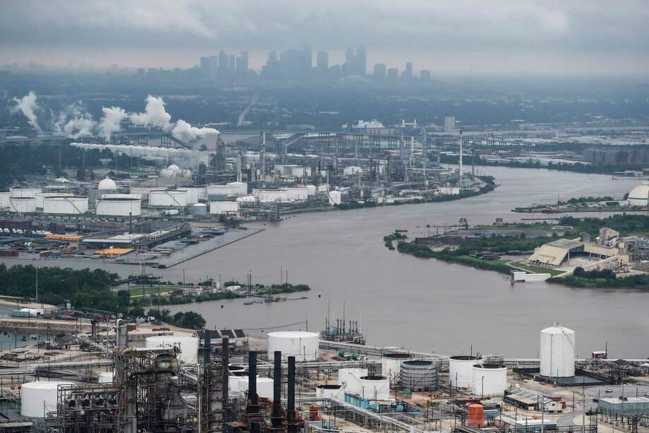 The Houston Ship Channel is shown in the aftermath of Tropical Storm Harvey on Tuesday, Aug. 29, 2017, in Houston. ( Brett Coomer / Houston Chronicle ) Photo: Brett Coomer, Staff / © 2017 Houston Chronicle