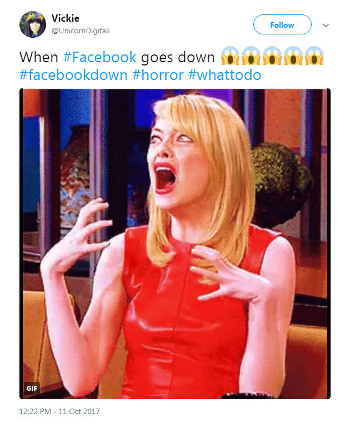 Facebook and Instagram were down on Oct. 11, 2017, causing a Twitter to react with memes.Image source: Twitter