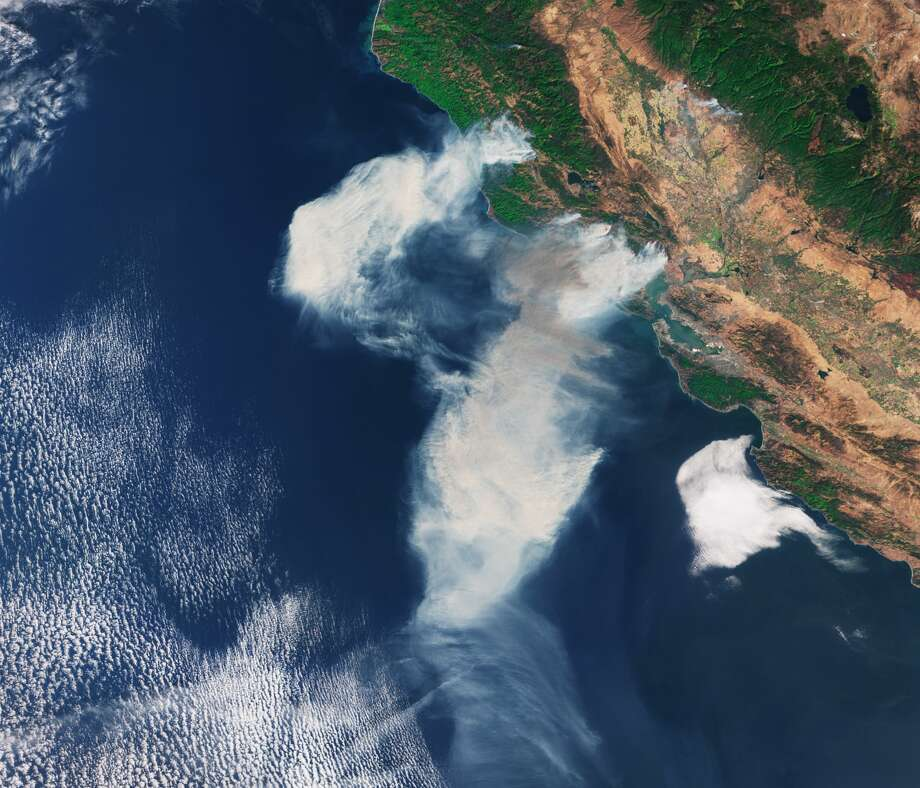 The European Space Agency's Sentinel 3 captured the smoke from Northern California wildfires. Photo: European Space Agency/Handout