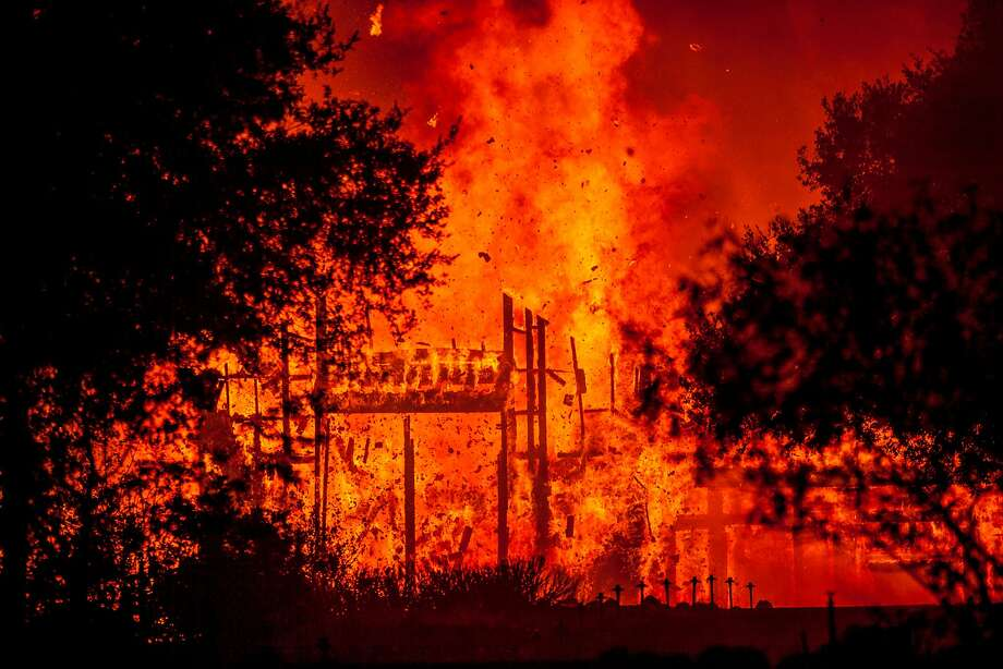 Fire totally engulfed the main structure at the Paras Vineyards as fire from the Nuns Fire continue to burn west of downtown Napa, California, USA 10 Oct 2017. Photo: Peter DaSilva, Special To The Chronicle