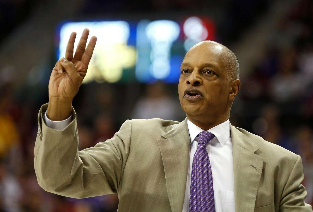 TCU head coach Trent Johnson instructs his team as TCU takes on Oklahoma during the first half of an NCAA college basketball game, Saturday, March 5, 2016, in Fort Worth, Texas. (AP Photo/Ron Jenkins)