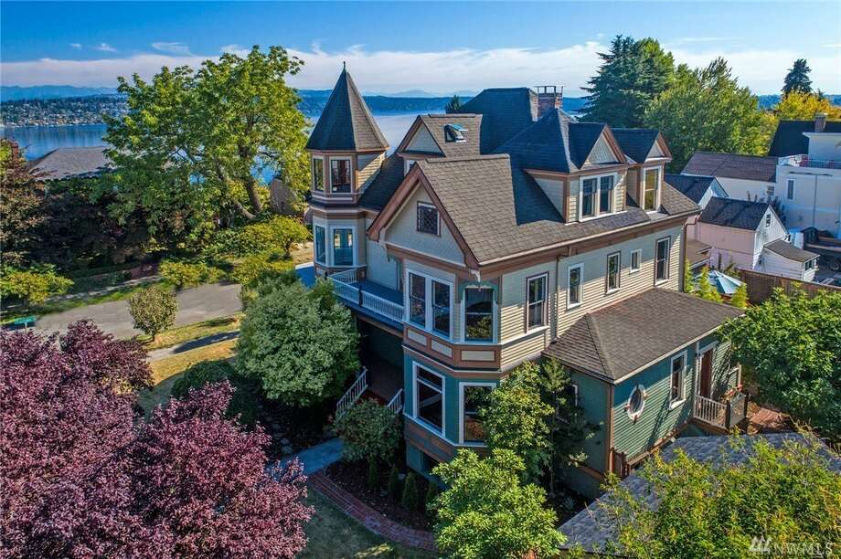 3119 S. Day St. in Leschi is listed for $1.88 million. It has six bedrooms and 4¼ bathrooms. It was built in 1894. Photo: Listing Courtesy Of Allan Johnson, Windermere R.E. Mount Baker