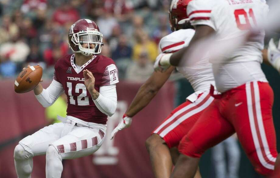 Temple's Logan Marchi looks to pass in the first quarter against Houston in a Sept. 30 game at Lincoln Financial Field in Philadelphia. Photo: Mitchell Leff / Getty Images / 2017 Getty Images