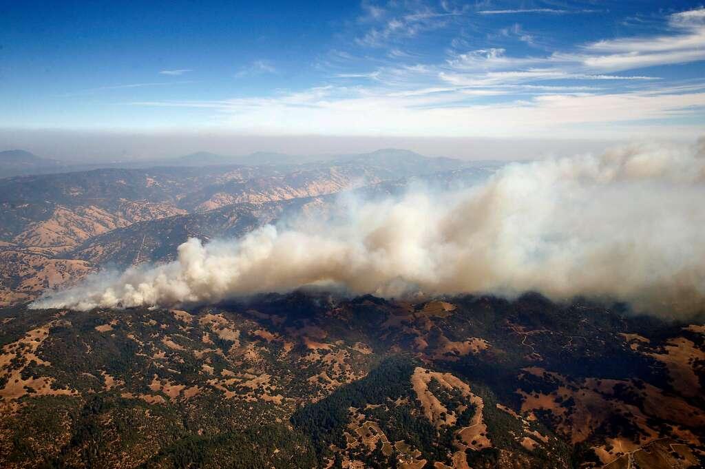 Korban Tewas Kebakaran Hutan CaliforniaMeningkat Jadi 21 Orang