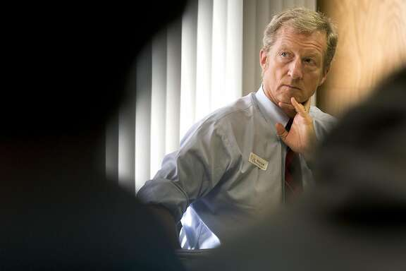 Businessman Tom Steyer listens during an E-Cigarette Education Awareness Forum at McClatchy High School in Sacramento, Calif., on January 20, 2016. (Brian van der Brug/Los Angeles Times/TNS)