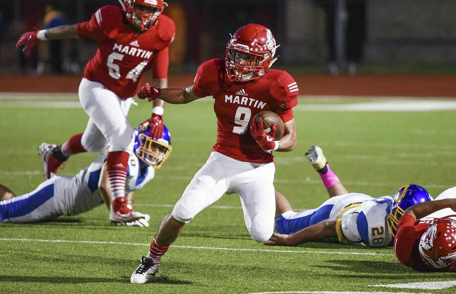 Martin wide receiver Angel Davila and the Tigers enter their bye week with a 2-4 record. Photo: Danny Zaragoza /Laredo Morning Times