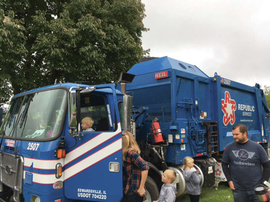 Edwardsville Township will host its fourth annual Touch-A-Truck event from 10 a.m. to 4 p.m. Saturday at Edwardsville Township Park. Fire trucks, trash trucks, construction trucks and other vehicles will give youngsters (and the young at heart) and opportunity to view them up close. The event is free and open to the public. Photo: Steve Horrell • Shorrell@edwpub.net