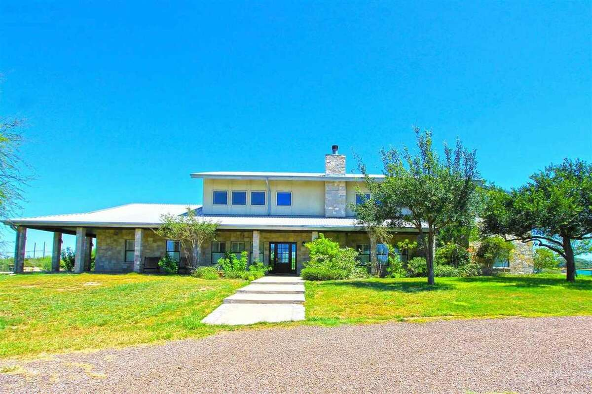 182 Stable Road: $950,000Square feet: 4,329