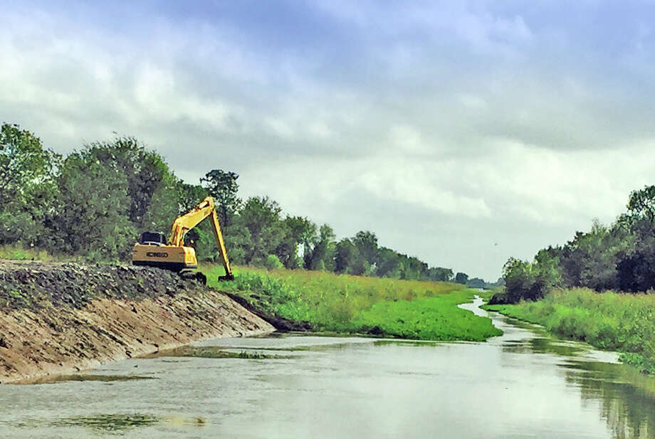 The city of Pearland is planning to build a surface-water treatment plant near the American Canal.