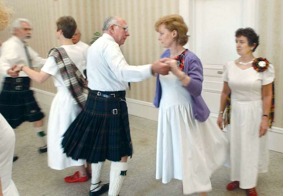 The Greater Hartford Scottish Dancers rehearse prior to performing at Thursday's fifth annual New Year's Day open house at the Wadsworth Mansion in Middletown................TW photo...............010104