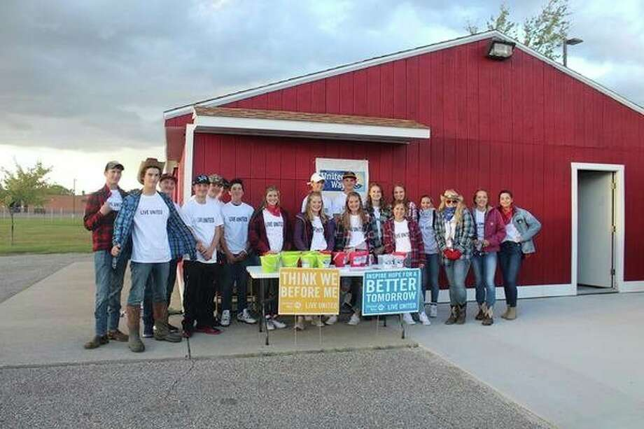 Volunteers help United Way of Clare and Gladwin Counties kick off its 2017 campaign in Beaverton. (Photo provided)