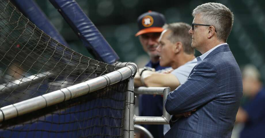 Houston Astros GM Jeff Luhnow behind the batting cage during batting practice before the start of an MLB game at Minute Maid Park, Wednesday, Aug. 16, 2017, in Houston.  ( Karen Warren / Houston Chronicle ) Photo: Karen Warren/Houston Chronicle