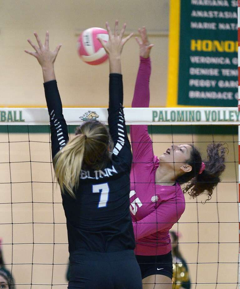 Laredo College won both of its season-opening games in Vernon, Texas knocking off Brookhaven and Mountain View. Laredoan Isela Murillo led the team with a combined 33 kills and 23 digs. Photo: Cuate Santos /Laredo Morning Times File / Laredo Morning Times