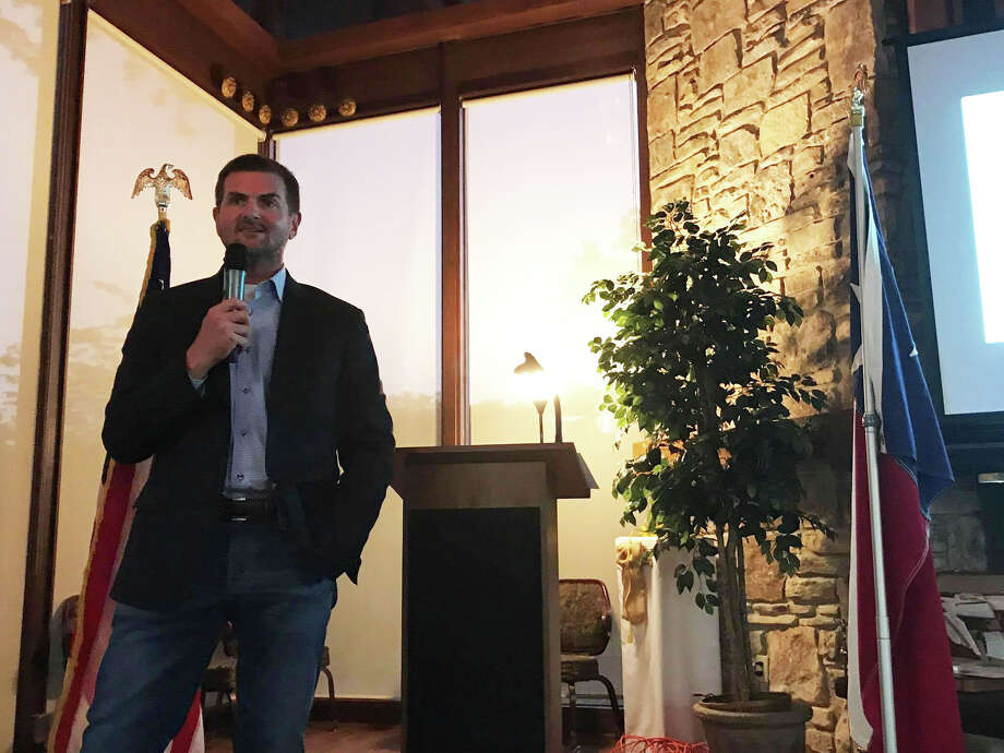State Sen. Brandon Creighton speaks at the Liberty Belles Republican Women's monthly meeting Thursday at the Panorama Golf Club. Photo: Meagan Ellsworth