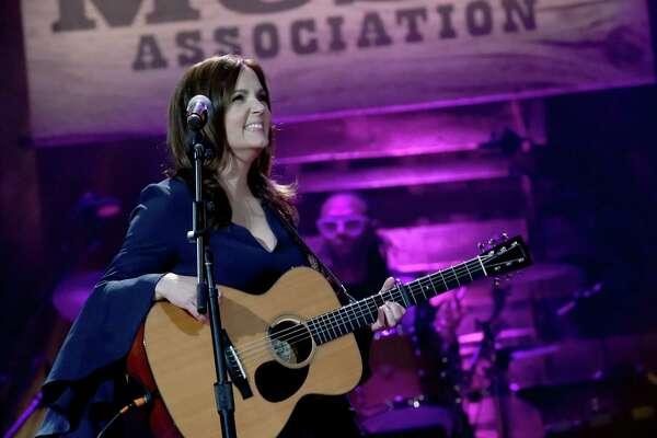 Lori Mckenna And Me Too Houstonchronicle Com