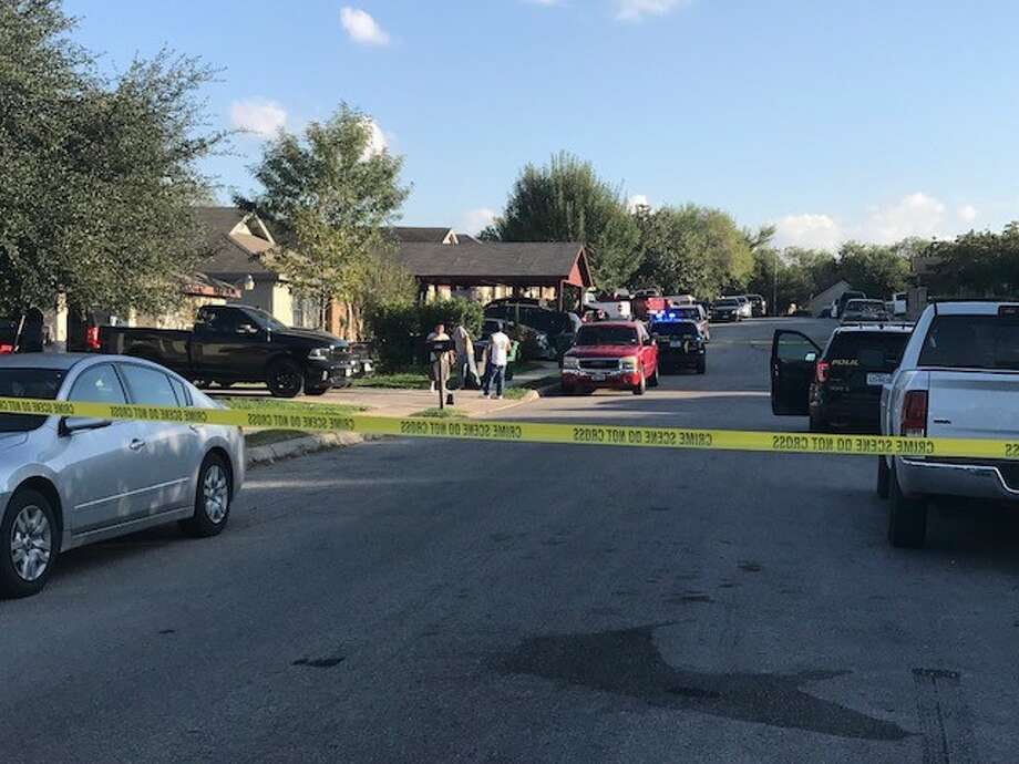 San Antonio Police say a man was shot multiple times Saturday afternoon, Oct. 14, 2017, following an argument where the victim allegedly punched another man's wife. Photo: Alexandro Luna