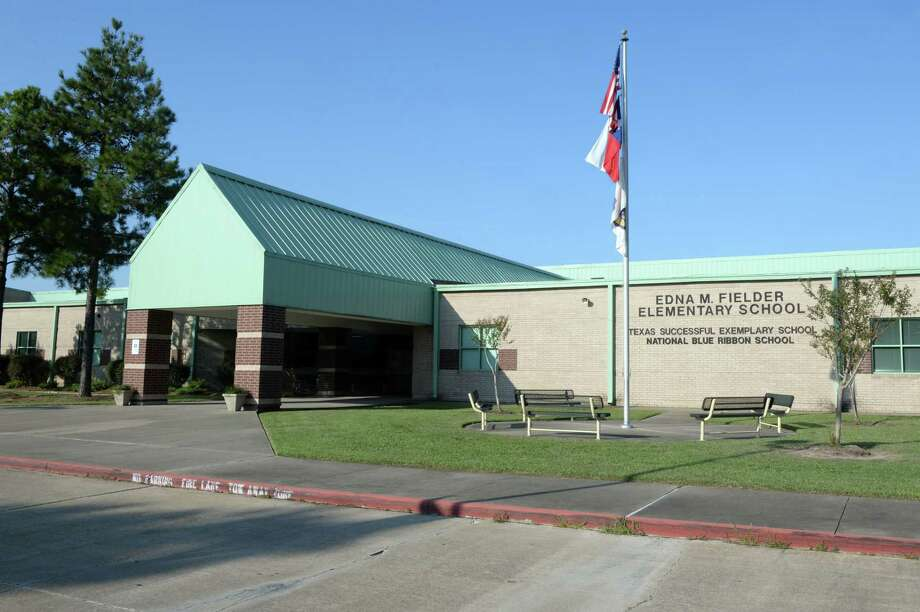 Renovation of Fielder Elementary School is one of the items included in the 2017 Katy ISD Bond Package. Katy residents are set to vote on $609.2 million in school bonds in November's election.  Photo: Craig Moseley, Staff / ©2017 Houston Chronicle