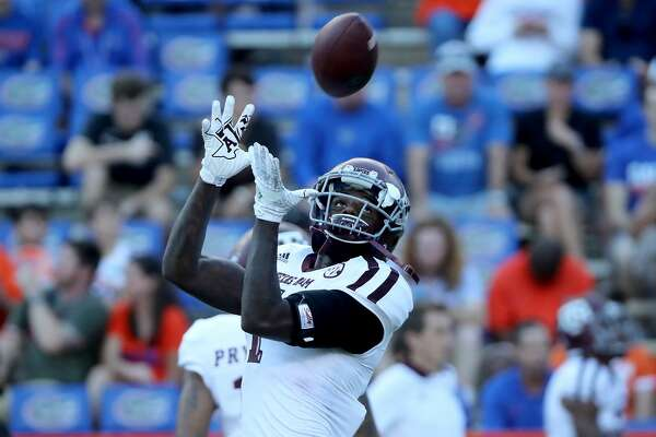 GAINESVILLE, FL - OCTOBER 14: Quartney Davis #1 of the Texas A&M Aggies warms up before the game at Ben Hill Griffin Stadium on October 14, 2017 in Gainesville, Florida. (Photo by Sam Greenwood/Getty Images)