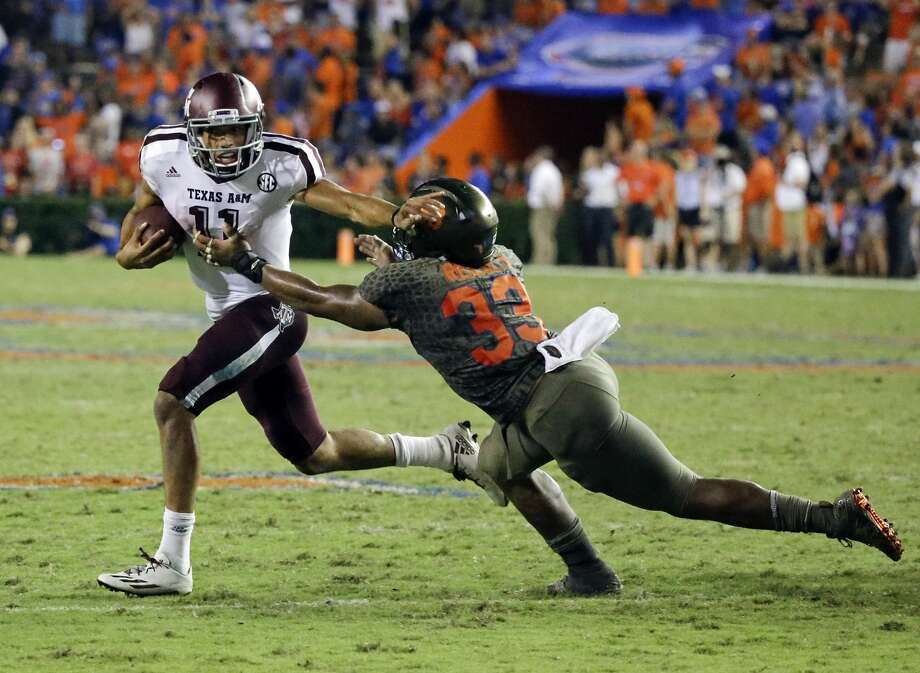 """THREE KEYS FOR AGGIES1. Possess the mentality of a road game and not a """"bonus"""" game. They are 3-1 in SEC play away from Kyle Field. Photo: John Raoux/Associated Press"""
