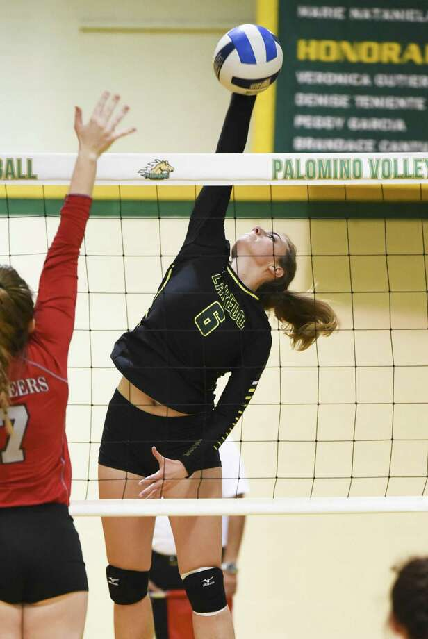 Laredo Community College's Emily Morley and the Palominos swept Eastern Wyoming 3-0 on Thursday night in Torrington, Wyoming. Photo: Danny Zaragoza /Laredo Morning Times File / Laredo Morning Times