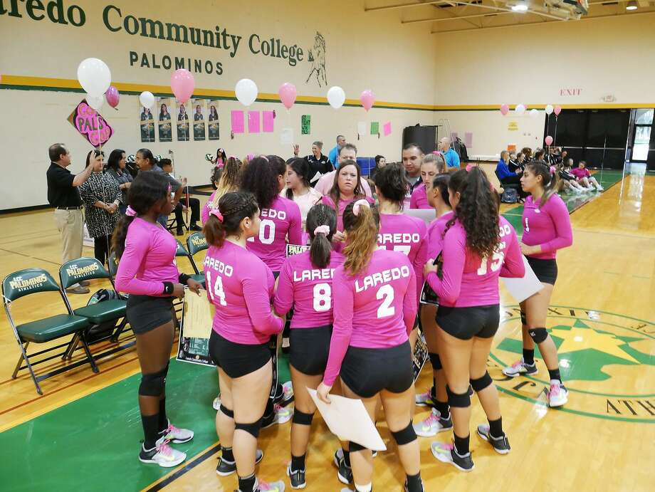 Pink balloons, posters and pink jerserys were the things of the day Friday, October 13, 2017, as the Laredo Community College Lady Palominos hosted the DigPink breast cancer awareness game against Blinn College at Maravillo Gym. Photo: Cuate Santos /Laredo Morning Times File / Laredo Morning Times