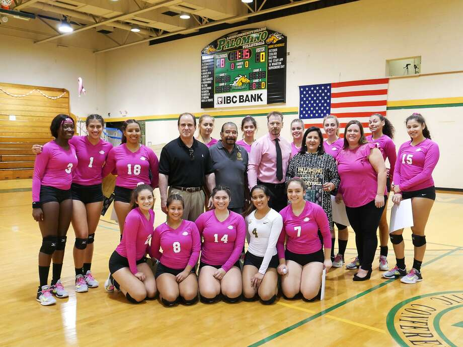 The Laredo Community College volleyball team raised breast cancer awareness Friday with its Dig Pink game and donated all funds raised to the Side-Out Foundation. Photo: Cuate Santos /Laredo Morning Times / Laredo Morning Times