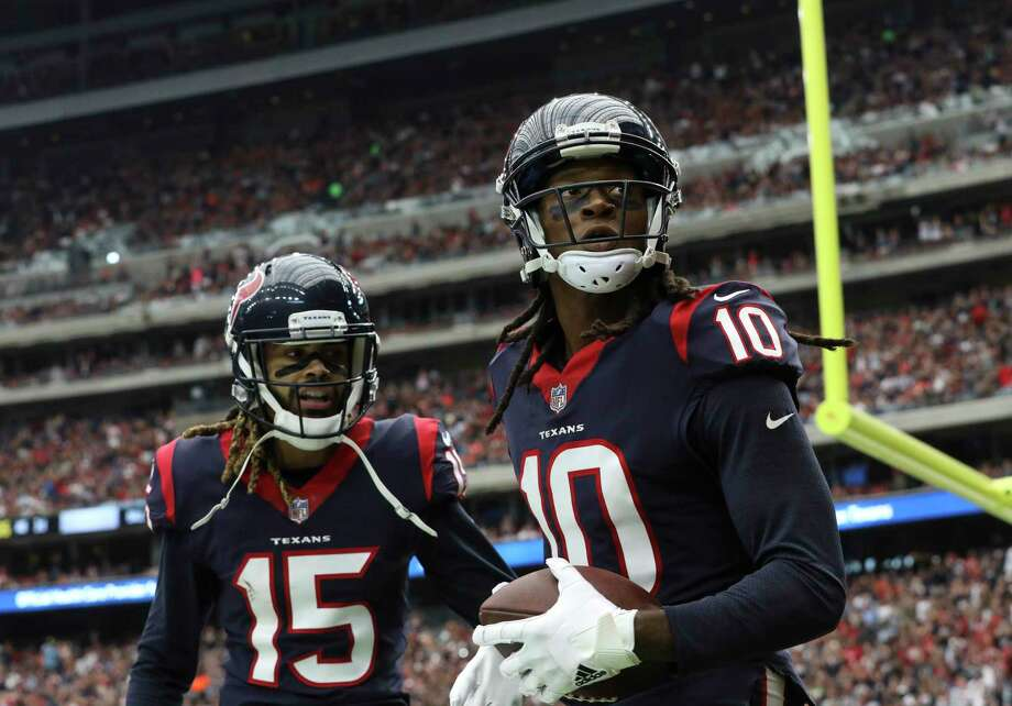 Houston Texans wide receiver Will Fuller (15) congratulates DeAndre Hopkins (10) for his touchdown during the third quarter of an NFL football game at NRG Stadium on Sunday, Oct. 15, 2017, in Houston. Photo: Yi-Chin Lee, Houston Chronicle / © 2017 Houston Chronicle