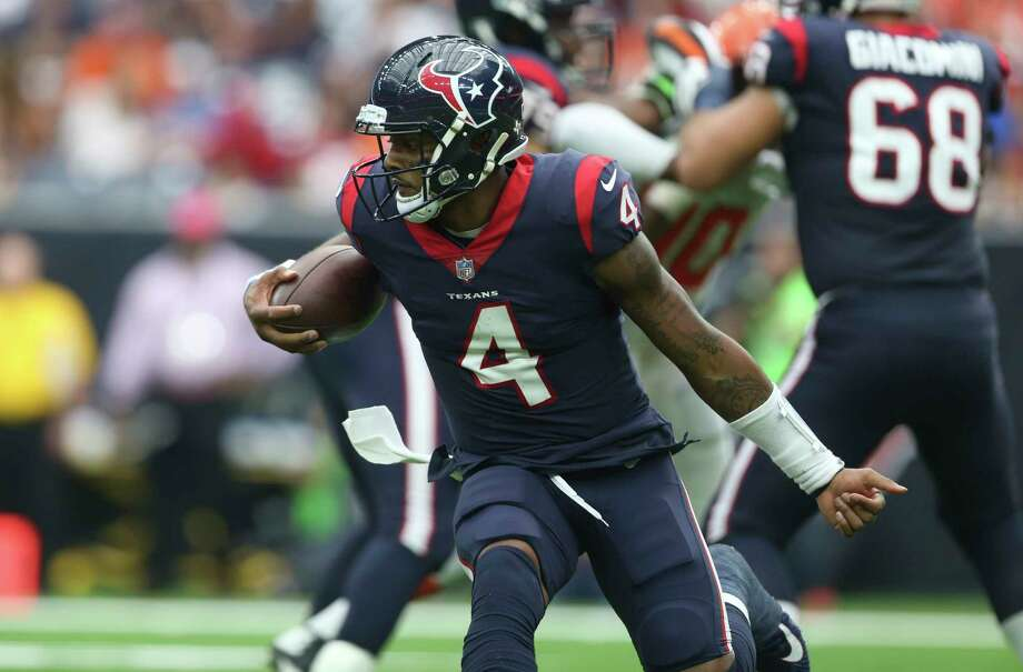 Texans quarterback Deshaun Watson is on pace to pass for 40 touchdowns and more than 3,400 yards. Photo: Yi-Chin Lee, Houston Chronicle / © 2017 Houston Chronicle