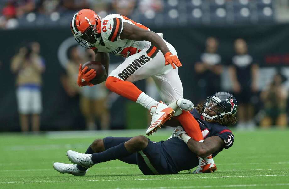 Houston Texans cornerback Treston Decoud (31) tackles Cleveland Browns wide receiver Kasen Williams (82) during the fourth quarter of an NFL football game at NRG Stadium on Sunday, Oct. 15, 2017, in Houston. Houston Texans defeated Cleveland Browns 33-17. Photo: Yi-Chin Lee, Houston Chronicle / © 2017 Houston Chronicle