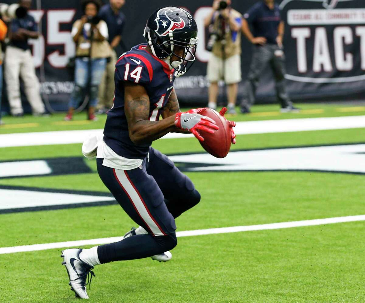Houston Texans wide receiver Chris Thompson downs a punt inside the 5-yard-line against the Cleveland Browns during the third quarter of an NFL football game at NRG Stadium on Sunday, Oct. 15, 2017, in Houston.