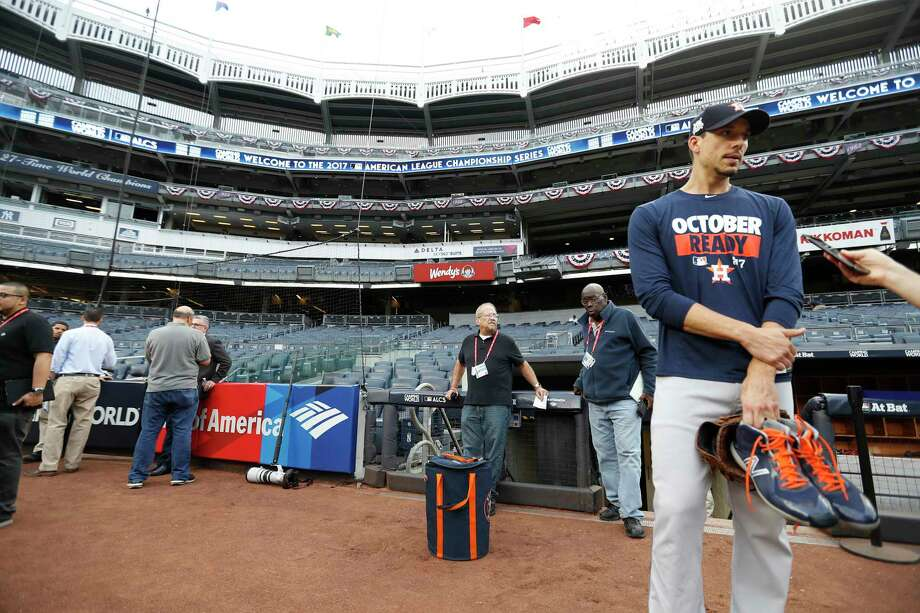 Houston Astros ALCS Game 3 starting pitcher Charlie Morton speaks to Ken Rosenthal during the Astros workout at Yankee Stadium, Sunday Oct. 15, 2017, in New York. Photo: Karen Warren, Houston Chronicle / @ 2017 Houston Chronicle