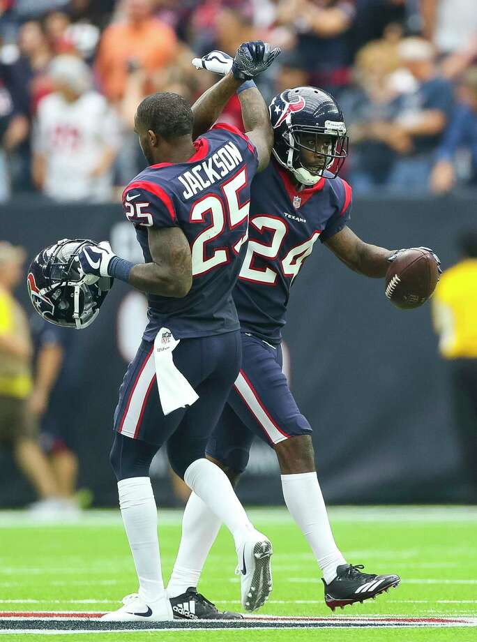 Texans cornerback Johnathan Joseph (24) had two crucial interceptions, one of which he returned for a touchdown, as part of a stingy effort from the defense.  Photo: Mark Mulligan, Houston Chronicle / © 2017 Houston Chronicle