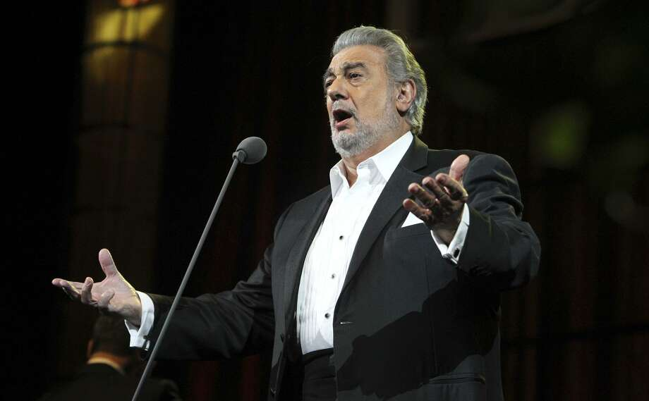 Opera singer Placido Domingo performs at San Antonio's AT&T in 2011. Domingo will appear in a Tricentennial concert Jan. 24 in San Antonio at the Lila Cockrell Theatre. Photo: KIN MAN HUI /SAN ANTONIO EXPRESS-NEWS / kmhui@express-news.net