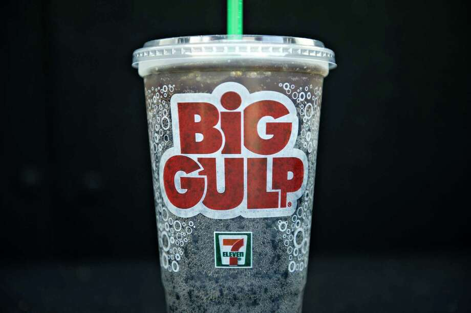 A 7-Eleven Big Gulp fountain beverage is displayed for a photograph in East Moline, Illinois, U.S., on Sept. 9, 2010. Photo: Daniel Acker, Bloomberg / © Bloomberg Finance LP 2010