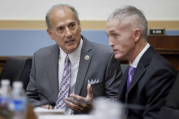 Rep. Tom Marino, left, talks to Rep. Trey Gowdy, R-S.C., in November 2015.