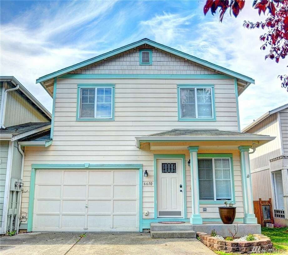 This three-bedroom townhouse is conveniently located and ready to move in, located in a quiet cul-de-sac near the Cedarcrest golf course. It has a fully fenced back patio area, and all appliances are included (including an almost new washer and dryer).It's at 6610 79th Pl. N.E., listed for $265,000. See the full listing below. Photo: Listing Provided Courtesy Of Eric Bergemeier, Windermere Real Estate JS